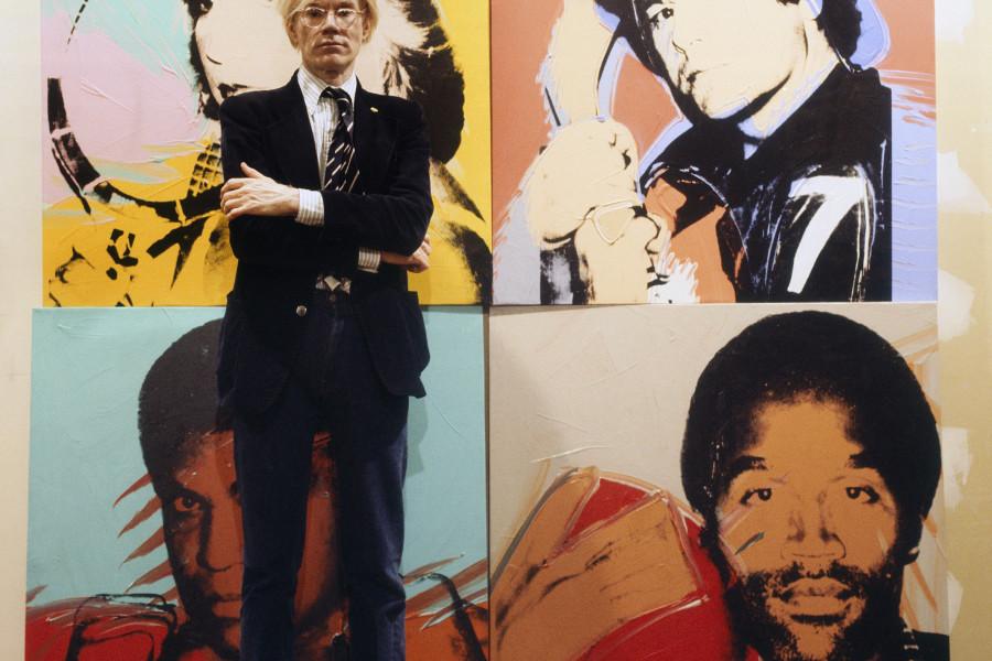 Andy Warhol agli Uffizi fotografato da Aurelio Amendola